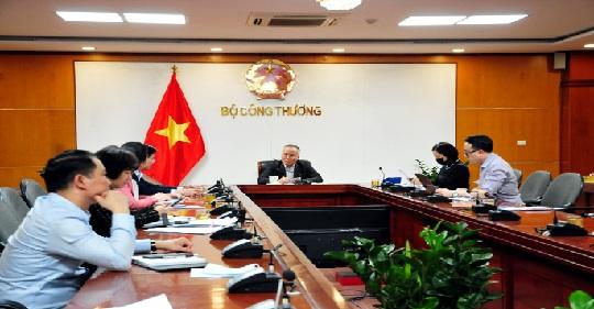 Bộ Công Thương họp khẩn về đảm bảo cung ứng hàng hoá